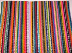 [Free Pattern] Everybody Loves Making This Vintage Vertical Stripe Crocheted Blanket