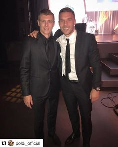 Schön, dass Du da warst! Auf Dich ist Verlass!!! #Repost @poldi_official ・・・ World Champions reunited last night. 🇩🇪🇩🇪🏆This time for a very special cause. Proud to support my friend @toni.kr8s with his foundation. The work they're all doing is truly fantastic as we're helping improve the lives of many kids 👏🏻🙏🏻👍🏻 #Kids #charity #kross #poldi #köln