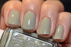 Essie Da Bush. :) Nice muted color for the fall.