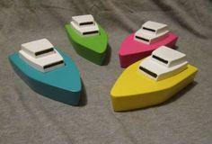 Island cruiser, little wooden boat- non plastic bath toy