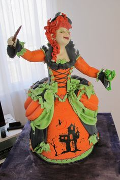 Halloween cake by Karen Portaleo.  I could never do this, but it's motivation for sure.