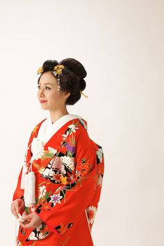 和装 日本髪 Kimono, Japanese Wedding, Hair Arrange, Geisha, Updos, Sari, Culture, Bridal, Hair Styles