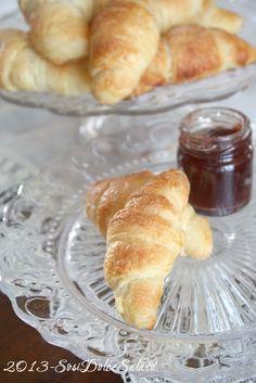 cornetti di montersino/croissants