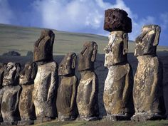 Moai Statues Wallpaper Chile World Wallpapers) – Free Backgrounds and Wallpapers Places To Travel, Places To See, Places Around The World, Around The Worlds, Chile, Statues, Islands In The Pacific, Art Sculpture, Sculptures