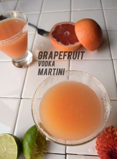 You must try this easy + delicious cocktail recipe packed with vitamin c and vitamin V (vodka!). #cocktails  #drinks #grapefruit #vodka #easy