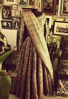 Exactly what I want fir wedding teamed up with red dupatta Pakistani Wedding Dresses, Indian Wedding Outfits, Pakistani Bridal, Pakistani Outfits, Bridal Outfits, Indian Dresses, Indian Outfits, Bridal Dresses, Bridal Lehenga