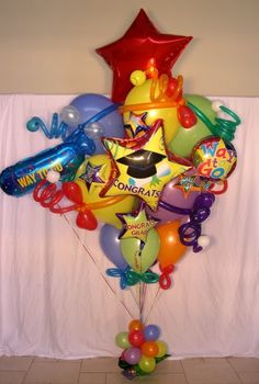 super cute balloons for graduation party