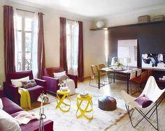 Prova de que é possível combinar cores vibrantes, criando um ambiente harmônico. #home #decoração