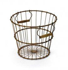 Vintage Farm Egg Basket - farmhouse - baskets - Indeed Decor Farmhouse Baskets, Rustic Baskets, Metal Baskets, Kitchen Baskets, Vintage Farmhouse, Farmhouse Style, French Farmhouse, Vintage Kitchen, Garden Basket