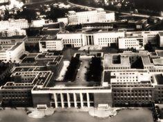 Il 31 Marzo del 1935 il Re Vittorio Emanuele III inaugura la Città Universitaria di Roma. Bucharest, Landscape, Google, Rome, Italia, Senior Boys, Tower, Pictures, March