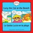 Lucy the Cat at the Beach/La Gatita Lucia En la Playa