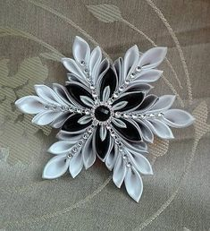 Homemade Jewelry, Brooch, Inspirational, Diy, Handmade, Crystals, Crafting, Hand Made, Bricolage