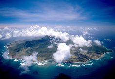 The clouds of Nevis Peak are a landmark (neviscycleclub.com)