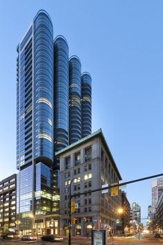 Jameson House (Vancouver,Canada) Designed by Norman Foster and partners (Completed Architecture Design, Facade Design, Amazing Architecture, Building Architecture, Innovative Architecture, Classic Architecture, Vancouver Architecture, Foster Architecture, Commercial Architecture