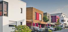Kombination moderner Einfamilienhäuser mit einer Kettenbebauung von Passivhäusern. Auch hier funktioniert das Nebeneinander. © C. Pforr