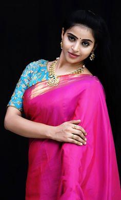 Beautiful Girl Indian, Most Beautiful Indian Actress, Beautiful Saree, Bridal Makeup Looks, Beautiful Bollywood Actress, Beauty Full Girl, Indian Beauty Saree, South Indian Actress, Indian Designer Wear