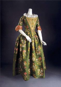 Evening dress, 1680's-90's Italy (probably), Cora Ginsburg-It was altered somewhat in the 1700's or 1710's.