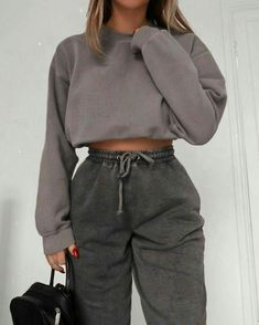 Cute Lazy Outfits, Sporty Outfits, Retro Outfits, Stylish Outfits, Casual Comfy Outfits, Simple Outfits, Winter Fashion Outfits, Look Fashion, Fall Outfits