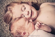 Newborn Photography | Big Sister Little Brother | Teresa Marie Photography www.teresamariephotos.com