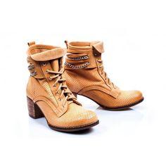 Dámske kožené topánky v pieskovej farbe - fashionday.eu Combat Boots, Ankle, Shoes, Fashion, Self, Colors, Moda, Zapatos, Wall Plug