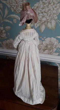 Original Regency outfit for Grodnertal Jane Austen, Antique Dolls, Vintage Dolls, Dolls House Figures, Zombie Dolls, Doll Costume, Antique Clothing, Wooden Dolls, Vintage Patterns