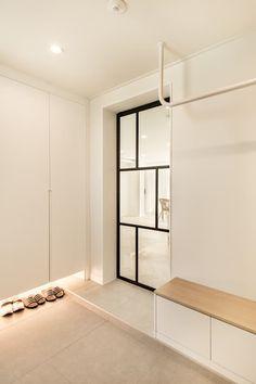 Home Interior Design, Exterior Design, Interior And Exterior, Entrance Design, House Entrance, Muji Haus, Muji Style, Hgtv Dream Homes, Windows And Doors
