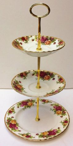 3 Tier Royal Albert Old Country Roses cake plate / stand