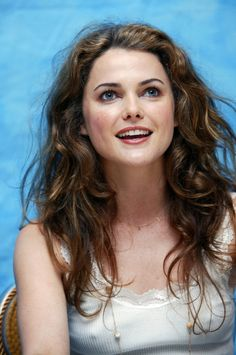 maybe this aids my style today :-) keri russell August Rush, Hollywood Celebrities, Hollywood Actresses, Beautiful Celebrities, Beautiful Actresses, The Americans Tv Show, Melissa Anderson, Keri Russell, Beautiful Girl Image