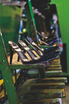Tutte le calzature di Formentini Outlet seguono le ultime tendenze moda del mercato e sono prodotte interamente Made in Italy attraverso materiali di elevata qualità