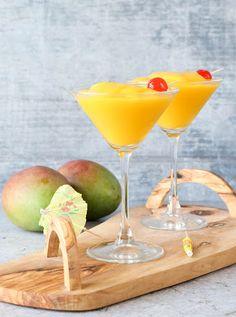 Frozen Mango Daiquiri With Vodka, Rum, Frozen Mango, Ice Mango Rum, Mango Drinks, Summer Drinks, Mango Cocktail, Summer Bbq, Summer School, Fun Drinks, Alcoholic Drinks, Recipes