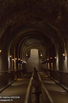 Caves Pommery, une visite qui dépayseBlog voyage d'une voyageuse en solo – Voyages etc… Champagne Region, Caves, Geo, Trains, Photos, Camping, Architecture, Bubbles, Wayfarer