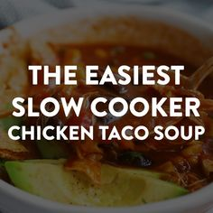 Try this Slow a Cooker Chicken Taco Soup for dinner tonight! Prep is super quick and easy, and it turns out so delicious! Just dump and go, the crockpot does all the work for you. Crockpot Chicken Taco Soup, Easy Taco Soup, Crock Pot Tacos, Chicken Tacos, Slow Cooker Chicken, Crockpot Recipes, Chicken Recipes, Tacos Crockpot, Soup Recipes