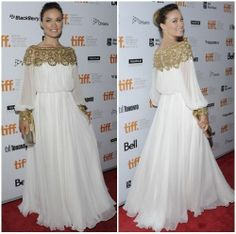 New Runway White Long Sleeved Sequined Long Length Red Carpet Celebrity Dress Off White Dresses, Dressy Dresses, Stylish Dresses, Modest Dresses, Prom Dresses, Wedding Dresses, Beautiful Pakistani Dresses, Indian Dresses, Beautiful Dresses