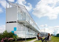 Snoozebox-portable hotel. Within 48 hours 400 rooms available everywhere!?