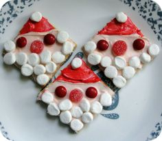 Santa Grahams Cookies - easy Christmas recipe treat for the kids - with Musingssahm.com