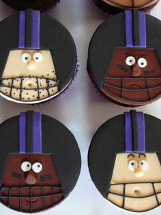Superbowl 2013 Baltimore cupcakes