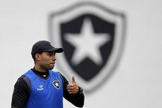 BotafogoDePrimeira: Jair rejeita pressão pela Libertadores no Bota: 'N...