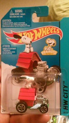 Hot Wheels Snoopy Dig House Race Rod