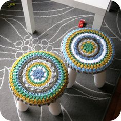 Crochet Stool Cover (with link to pattern)