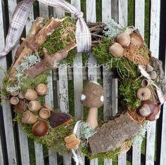 Türkränze - NATURKRANZ ♥Igelchen & Pilz♥ Landhaus Herbs... - ein Designerstück von kranzkunst bei DaWanda