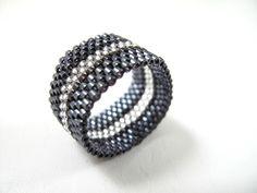 Bague anneau en delica Miyuki : Bague par brin-de-perle