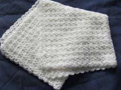 .Linda's Crafty Corner: Shell Stitch Preemie Blanket