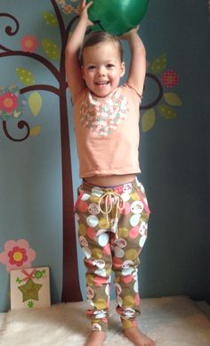 Mini Hudson Pants - True Bias Stof: Lillestoff http://magnifieka.blogspot.be
