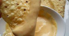 Salsa de queso para dipear,nachos,salsa con queso cheddar,cocina tradicional. Mexican Food Recipes, Snack Recipes, Cooking Recipes, Snacks, Barbacoa, Hot Salsa, Sea Cakes, Queso Cheese, Cooking Time