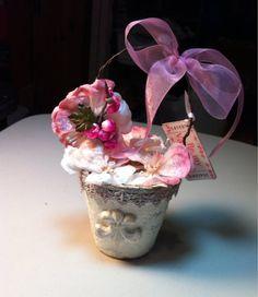 Valentines peat pot basket gift decoration