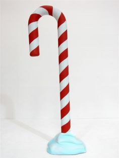 1000 ideas about giant candy on pinterest candy for Candy cane balloon sculpture