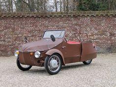 Strange Cars, Weird Cars, American Graffiti, Harrison Ford, Vintage Cars, Antique Cars, Funny Motorcycle, Mini Car, Reverse Trike