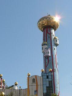 World: Architect Friedensreich Hundertwasser