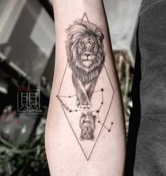 47 Leo Tattoos To Showcase Your Pride Of Being A Lion - A reverse lion tattoo for Leo father and son by – Bold statement Leo tattoos fo - Leo Lion Tattoos, Lion Back Tattoo, Leo Zodiac Tattoos, Lion Tattoo Sleeves, Father Tattoos, Tattoo For Son, Mens Lion Tattoo, Tattoos For Guys, Tattoos For Women