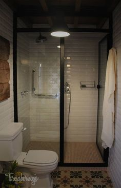 Banheiros rústicos por Diseñadora de Interiores, Decoradora y Home Stager